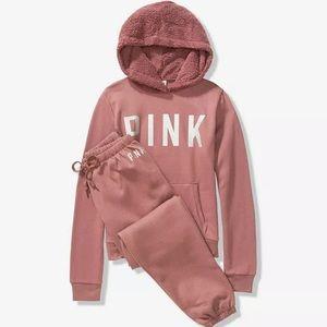 Victoria Secret Sherpa Perfect Pullover gift set